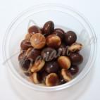 Шоколадные жемчужины с темного та белого шоколада Barry Calebaut
