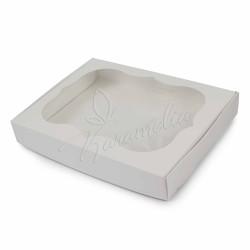 Коробка для пряников с окном белая 150 * 200 * 30